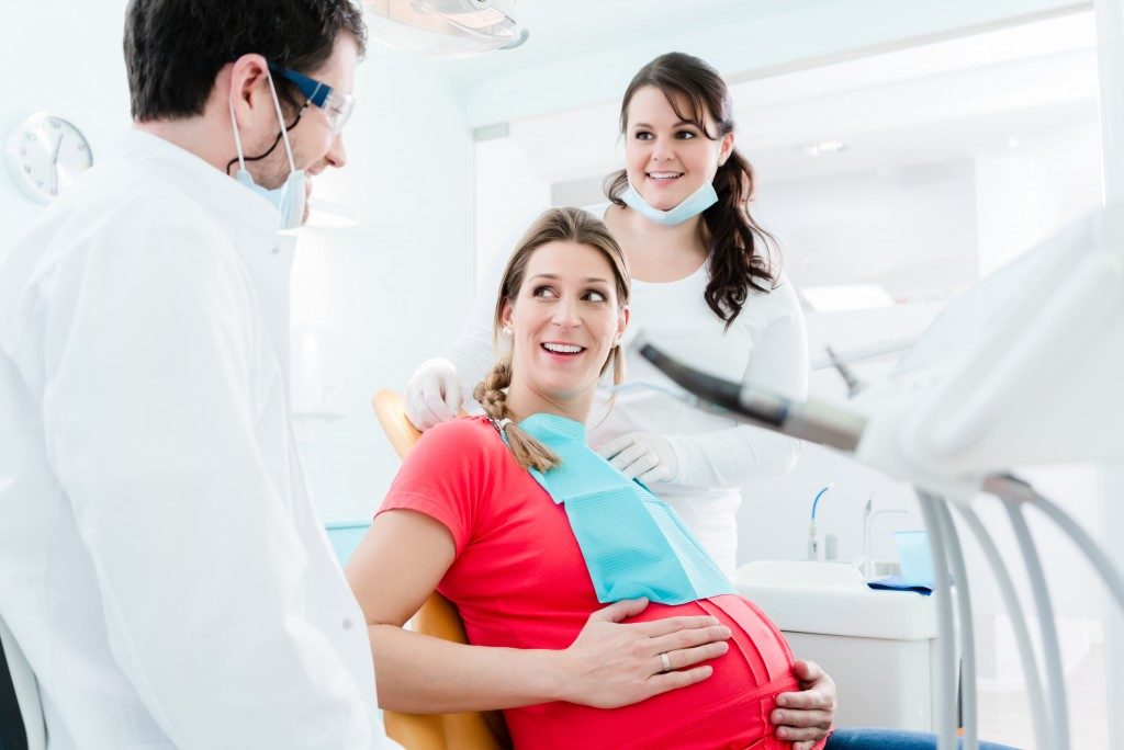 pregnant woman at the dentist