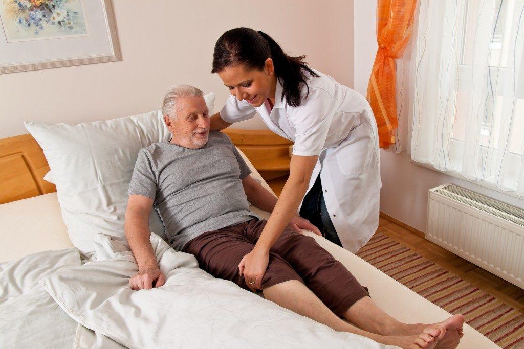 a nurse in elderly care for the elderly