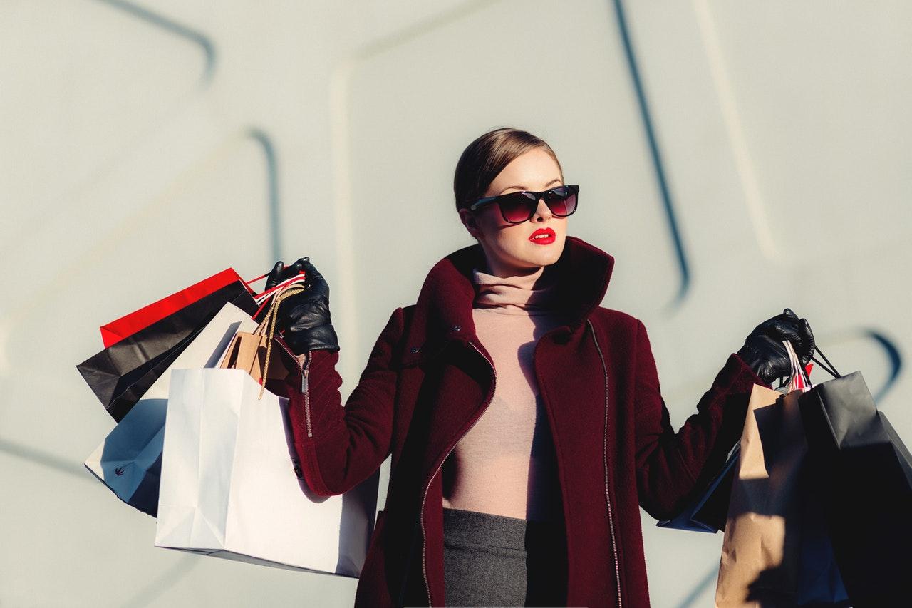 fancy woman shopping