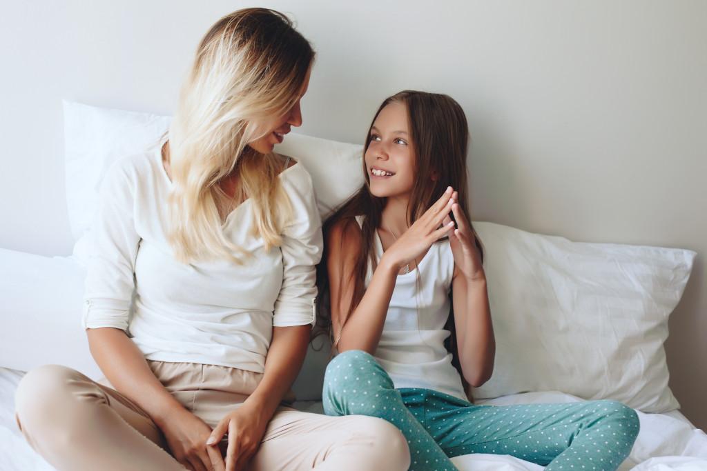 Mom with her tween daughter